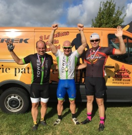 2016-fall-fling-podium